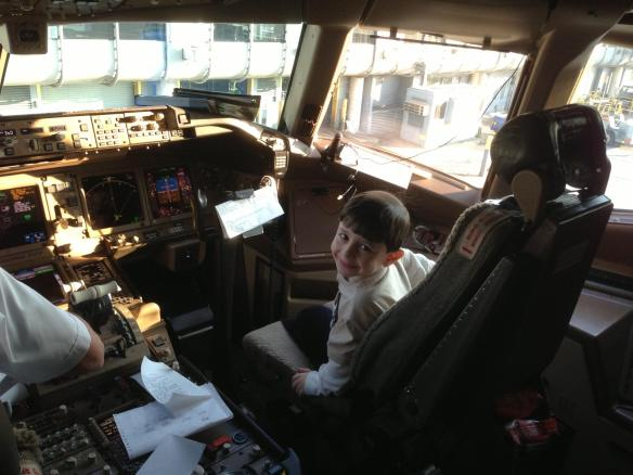 Sevon Kalpakjian - United Airlines cockpit before returning home.