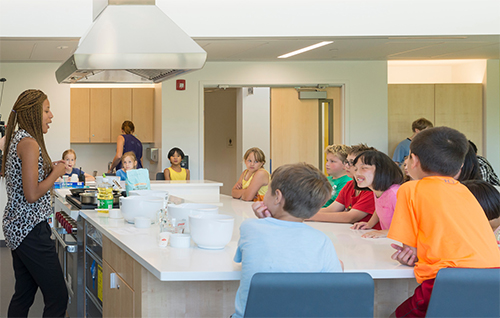 regenstein-learning-campus-kitchen